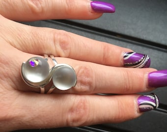 Pretty silver ring with Swarovski rhinestones