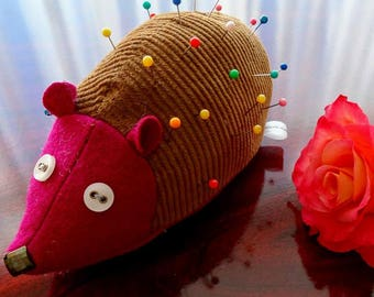 Hedgehog pin cushion, cute little helper.