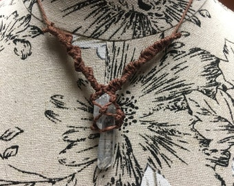 Crystal hemp necklace