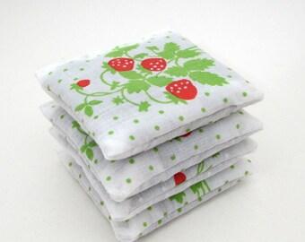 4 Dried Lavender Sachets - Strawberries - Garden Party Favors - Vintage Linens - Fruit - Berry