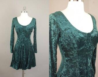 VTG 90s Green Crushed Velvet fit & flare skater mini dress sz S