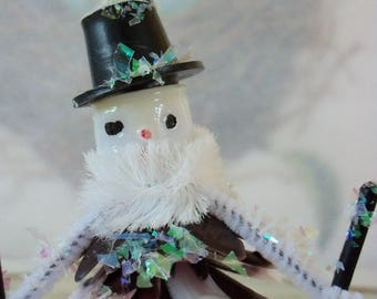 Vintage Style / Pipe Cleaner Snowman Figure / Vintage Craft Supplies / Bump Chenille / Plastic Pinecone