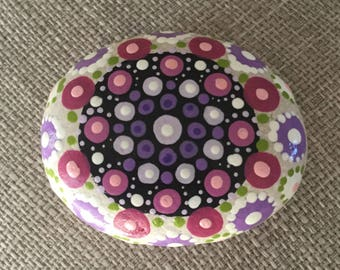 Mandala Stone, painted, rock, egg shaped