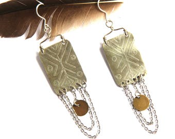 Mixed Metal Silver Tribal Etched With Silver Chain Earrings (E1163)