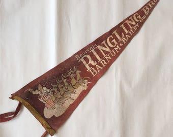 Vintage Circus Pennant, Souvenir Ringling Bros Barnum & Bailey Circus Christmas Theme Felt Pennant Flag