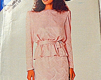 Christmas in July Sewing Pattern Butterick See & Sew 5976 Misses' Top and Skirt size 6-14, bust 30-36 inches Uncut