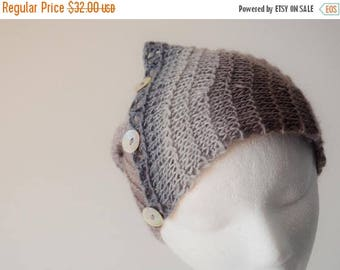 First Fall Sale - 15% Off Headwrap/Neckwarmer in Dove Grey Gradient Colors. Hand Knit in Soft Wool & Nylon Blend (70/30) Fall Fashion, Mori