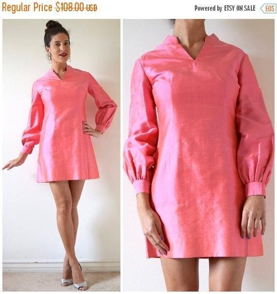 SALE SECTION / 50% off Vintage 60s Iridescent Flamingo Pink Thai Silk Mini Dress (size medium)