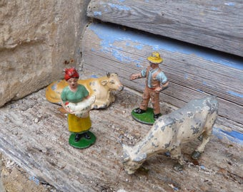 Vintage Antique 1900/1930s French Quiralu farm characters old lead toys /2 cows / Farmer couple