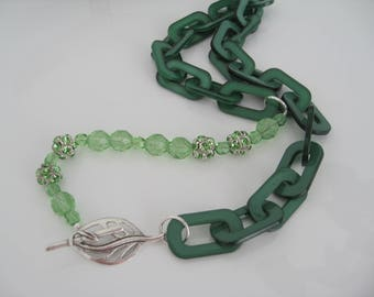 Trendy Lucite Chain Necklace in emerald green shade bling rhinestones apple green beads statement necklace