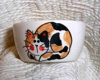 Calico Cat Mini Pottery Bowl 6 Oz.  Paw Prints Inside by GMS