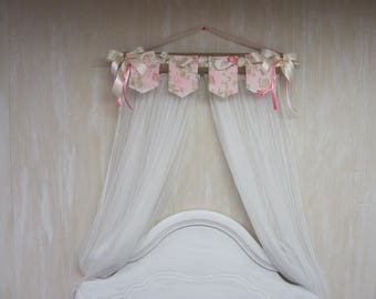 Banner Flags Personalized FREE Bed Teester Crib Canopy Crown Girls Room Decor BURLAP Cream SaLe DOSEL Pole Wall Hanging Baby Child Nursery