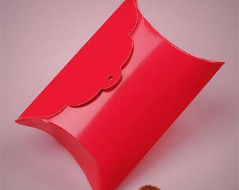 New Years Sale 10 Tab Top Pillow Boxes 3 and 7/8 X 1 and 3/8X 3 and 7/8 Inch Size