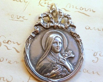 ON SALE St Therese of Lisieux Medal - The Little Flower - Antique Reproduction