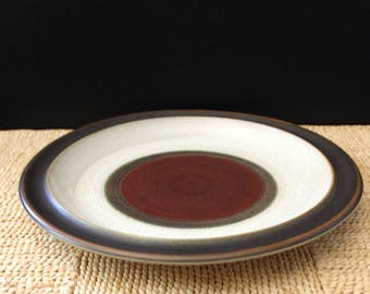 Denby stoneware dinner plate, Potter's Wheel Rust. Made in England.