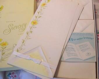 eaton's sunny letters stationary set