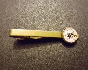 Skull and Crossbones Pirate Steampunk Inspired Tie Clip Kravat Clip