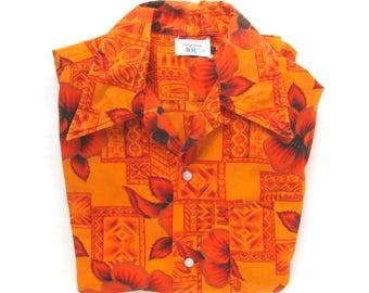 Men's Vintage Cotton Hawaiian Style Shirt / Orange Hibiscus Print with Metallic Gold / Tiki Shirt / Tiki Oasis / Tribal / Luau / Size Medium