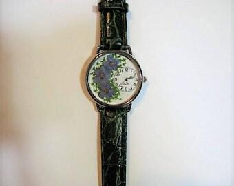 Women's Watch, Wrist Watch for Women, Forget Me Not Watch, Pressed Flower Watch, Women's Wrist Watch,Retirement,Queen Anne Lace,Farewell