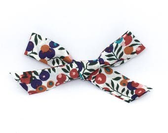 Wiltshire London Bow- RTS Hand Tied School Girl Bow. Clip or Headband.