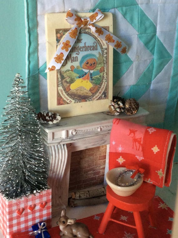 Miniature Oversized Vintage Gingerbread Christmas Sign