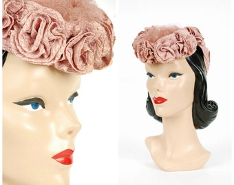 Vintage 1940s Hat - Fantastic Pink Straw 40s Tilt Hat with Crown of Flowers, Puff of Netted Veil and Braided Backstrap