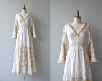 Dulce wedding gown | vintage 1970s Mexican wedding dress | bohemian 70s wedding dress