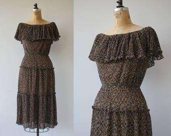 vintage 1970s dress / 70s sundress / 70s tiered skirt / 70s off the shoulder dress / 70s boho dress / 70s polyester eyelet dress / s med