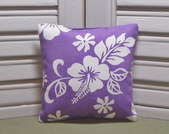 Hawaii, lavender sachet, scented drawer sachet, lavender pillow, add to a suitcase to keep fresh, 100% dried lavender for a lovely aroma