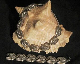 Silvertone Choker and Bracelet Parure Vintage 50's Fabulous Costume Jewelry