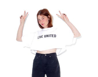 vintage LIVE UNITED statement tee tshirt / 90s crop top t shirt tee rolled hem oversized fit 90s grunge 90s clothing world peace