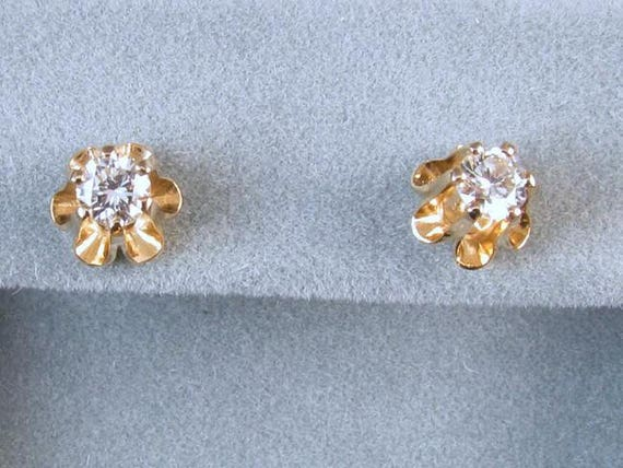 14k yellow gold .18 carat each / .36 carat total weight diamond solitaire pierced stud earrings SI1-SI2 clarity I-J color