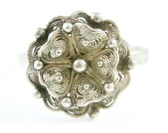 Size 7 Vintage Filigree Flower Sterling Silver Ring
