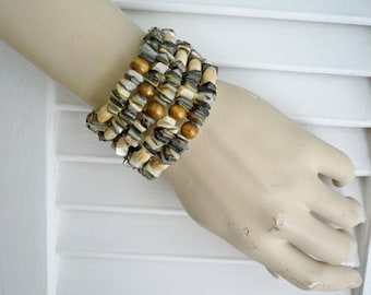 Black and Gray Lip Shell Beaded Wrap Bracelet - Wood & Bone Beads - Boho chic style - Bohemian jewelry - One of a Kind - bycat