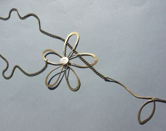 "Necklace ""Flower and stem"""