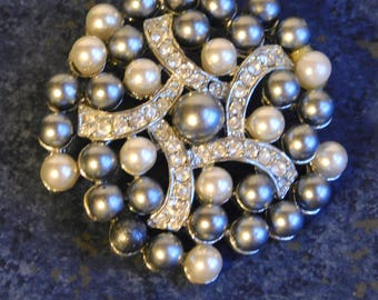 Vintage Gem-Craft Signed Brooch with Faux Pearls and Rhinestones - Gray/Silver and White Pearls, Clear Rhinestones, Silvertone Metal - 1960s