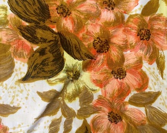 Crisp warm lovely 1950s cotton pale yellow caramel and coral floral fabric yardage whole piece
