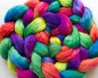Superwash wool & Tencel Roving, 60/40, 4 oz. - Holi