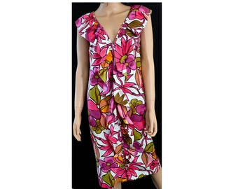 1960s Shades of Pink Oversized Tropical Floral Print Ruffled Neckline Monique Puerto Rico Sheath Dress