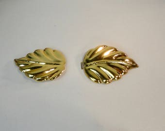 1980s Gold tone Metal Leaf shaped  Belt Buckle. 2 Pieces B. Buckle.