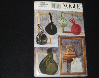 VOGUE EVENING BAGS - 6 variations.