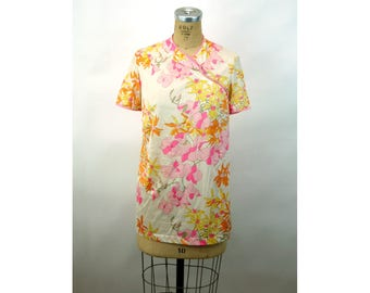 1960s nylon top Vanity Fair Asian style floral tunic top pink yellow Size S/M