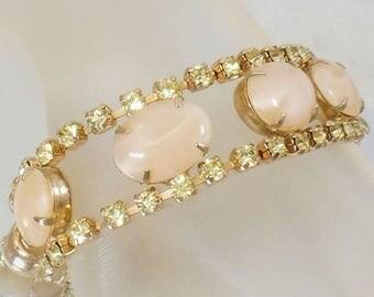 SALE Vintage Yellow Rhinestone Cabochon Bracelet. Oval Cream Marble Cabochon Yellow Rhinestone Bracelet