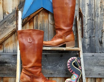 1970's campus boot, women's size 8