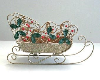 Christmas Sleigh Santas Sleigh Christmas Decor Xmas Decor Christmas Table Christmas Card Holder Vintage Sleigh Christmas Sled Winter Sleigh