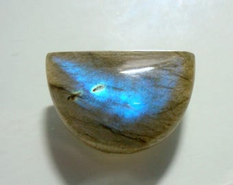 15x22mm, AAA+ LABRADORITE Smooth Crescent Moon Cabochon, Flashing Fiery Blue, j27