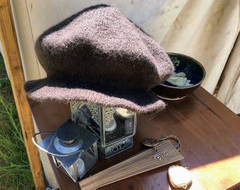 Knitting Pattern - 16th Century Flat Cap