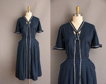 vintage plaid cotton 1950s dress. vintage 1950s dress.