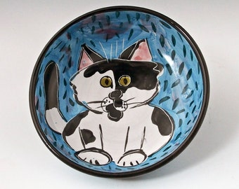Tuxedo Cat Ceramic Feeding Bowl, Shallow Pet Dish, Black White Cat Food Bowl, Majolica Bowl, Pet Feeding Bowl, Pet Water Bowl, Cat Bowl