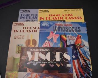 CLEARANCE /// BOOKS /// VINTAGE ///  5 plastic canvas leaflets, holiday and seasonal patterns, Used